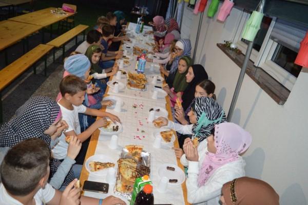 Iftar za najmlađe postače u MIZ Sisak