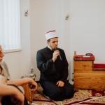Alem ef. Crnkić uči odlomak iz Kur'ana